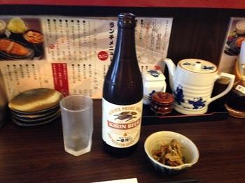 2_ここでも始まりはビール.jpg