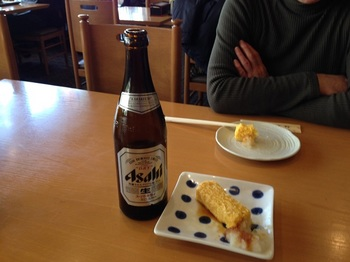 2_ビールとだし巻き玉子.jpg